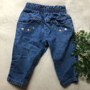 VINTAGE • baby high rise embroidered mom jeans 12m